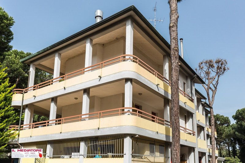 Emilia Romagna Vacation Accommodation. Lido di Spina apartment with 2 bedrooms, Leonardo B1