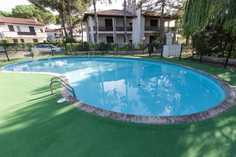 Lido di Spina, weekly rentals of Villa with 2 bedrooms, in residence with swimming-pool - Residence Playa 9